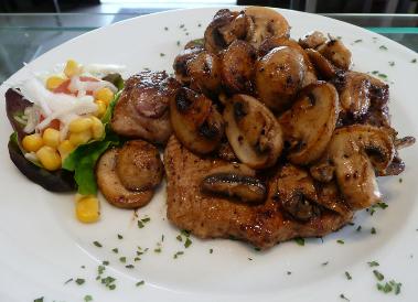 Jägerschnitzel, Mittagstisch, restaurant hennef